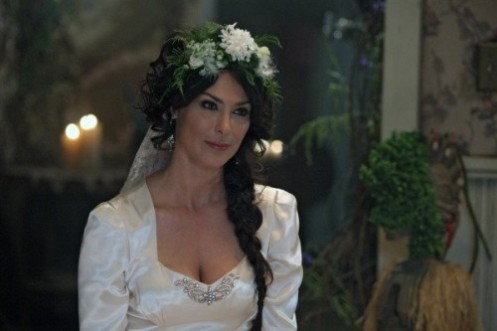 michelle-forbes-2-500x333