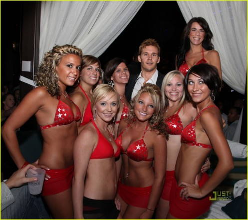 ryan-kwanten-harrahs-resort-01